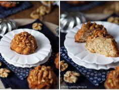 Tvarohová bábovka s citronovou polevou a ostružinami – PĚKNĚ VYPEČENÝ BLOG Muffin, Breakfast, Food, Lemon, Morning Coffee, Essen, Muffins, Meals, Cupcakes