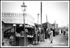 A brief glimpse into Southend's history over the past century, with decade-by-decade photographs. Old photos of Southend-on-Sea to see how far we've come. Old Photos, Vintage Photos, Essex Girls, Essex England, Leigh On Sea, London Places, The Old Days, Back In Time, Photo Postcards