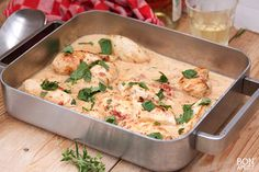 Ovenschotel met Kip, Knoflook, Zongedroogde Tomaatjes, Crème Fraiche en Kruiden