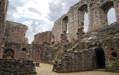 Spofforth Castle   [Spofforth Castle in the village of Spofforth, North Yorkshire, England was a fortified manor house, ruined during the English Civil War and now run by English Heritage as a tourist attraction]