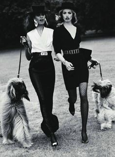 """lelaid: """" Joan Smalls & Hailey Clauson in French Connection for Vogue Paris, September 2011 Shot by Josh Olins Styled by Véronique Didry """" Joan Smalls, Vogue Paris, Hailey Clauson, Foto Fashion, Trendy Fashion, Womens Fashion, Dress Fashion, Fashion Black, Fashion Vintage"""