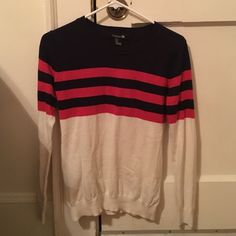 Color lock red navy and cream sweater Only worn a few times but this sweater keeps you warm and goes with just about anything. One of my favorites until I grew out of it Forever 21 Sweaters Crew & Scoop Necks