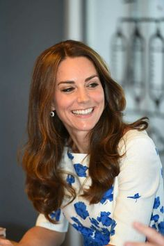 Duke and Duchess of Cambridge are in Luton: First Stop: Youthscape