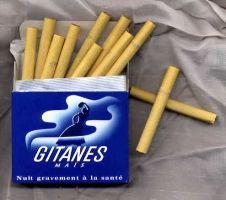 Vintage Cigarette Ads, Cigarette Case, Old Advertisements, Advertising, Nana Manga, Cigarette Aesthetic, Retro, Good Old, Memories