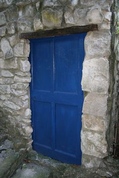 A blue door - somewhere in Provence, France