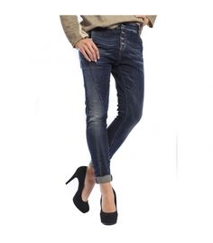i have one with a zipper and in light blue Denny Rose, Denim Outfit, Dark Denim, Boyfriend Jeans, Light Blue, Fall Winter, Italy, Buttons, Zipper