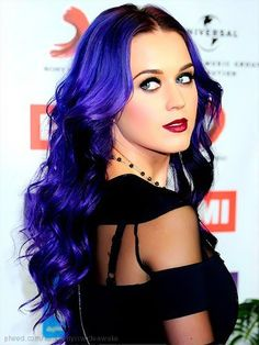 One of the 2 inspirations for my Culminating assignment. She is the queen of vibrant hair colors and overall an amazing person in the world! The inspiration for all the crazy vibrant hair colors for this activity!