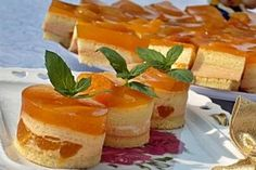 Prajitura cu caise si nectar - Culinar.ro My Favorite Food, Favorite Recipes, Pastry Cake, Food Cakes, Chocolate Cake, Cake Recipes, Biscuits, Cheesecake, Good Food
