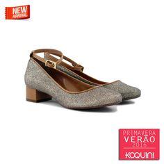 Conforto de sapatilha e look de festa, que tal? #koquini #sapatilhas #euquero #saltinho #gliter Veja mais em: http://koqu.in/1hGJiDo