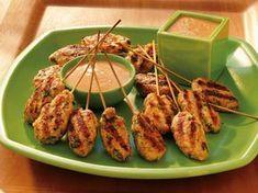 Ein echtes Highlight - sowohl optisch als auch kulinarisch - sind unsere Garnelenpops vom Grill. Die vietnamesische Spezialität harmoniert wunderbar mit der selbst gemachten Erdnusssauce.