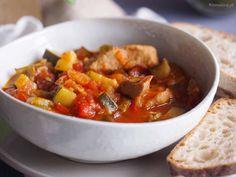 Leczo z cukinii z mięsem / Meaty zucchini stew Stew, Zucchini, Recipies, Pork, Eat, Ethnic Recipes, Blog, Recipes, Kale Stir Fry