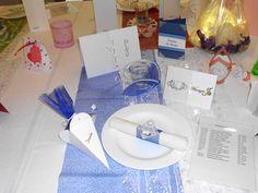 Tischdekoration in blau für die Hochzeit, Silber- und Goldhochzeit
