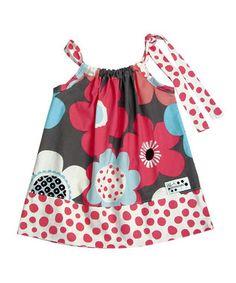Adorable little girls dress idea.