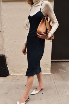 Minimalistic Outfits For Spring black and beige outfit Slip Dress Outfit, Black Slip Dress, Dress Outfits, Fashion Outfits, Emo Fashion, Hijab Outfit, Modest Fashion, Fashion Styles, Fashion Boots