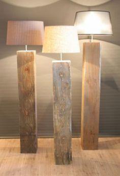 Staande vloer lamp Massief hout 135 cm hoog