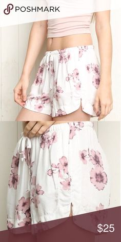 818d52500a Brandy Melville White   Pink Floral Shorts Brandy Melville White   Pink  Floral Shorts Super soft