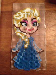 Elza Frozen hama beads by Rory Eileen Van Der Meijden Diy Perler Beads, Perler Bead Art, Pearler Beads, Fuse Bead Patterns, Beading Patterns, Frozen Pattern, Pearl Beads Pattern, Perler Bead Disney, Frosty The Snowmen