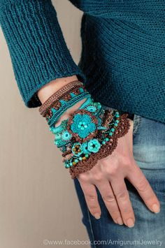 Brown Cappuccino Blue Mint Turquoise Crochet Bracelet Cuff. Freeform Crochet Bracelet. Glass Beaded Cuff. Tiger Eye Turquoise Bracelet.