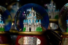 189 Best Snow Globes Images Snow Globes Snow Water Globes