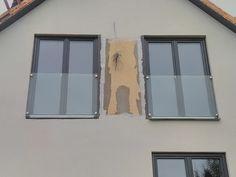 Výsledek obrázku pro zábradlí francouzské okno starý dům