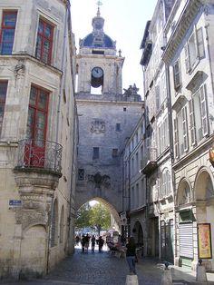 La grosse horloge de La Rochelle : ancienne porte de la ville