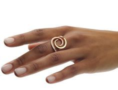 Angela Hübel Rings inspiration, maybe less of a loop Wire Jewelry, Jewelry Sets, Jewelry Rings, Silver Jewelry, Jewelry Accessories, Jewelry Design, Diy Schmuck, Schmuck Design, Contemporary Jewellery