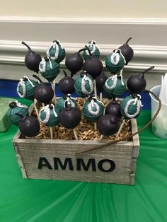 Grenade and Bomb, Ammo, Army Cake Pops Granate und Bombe, Munition, Army Cake Pops Army Birthday Cakes, Army Birthday Parties, Army's Birthday, Birthday Party Themes, Birthday Ideas, Cake Pops, Army Cake, Paintball Party, Military Party