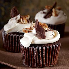 Mississippi Mud Cupcakes | Topped with chopped chocolate and roasted glazed pecans, these decadent cupcakes make for a much-appreciated hostess gift.