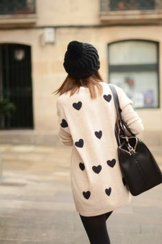 Heart Print Oversized Sweater With Beanie,Legging and Handbag