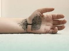 Bilderesultat for tattoo graphic tree