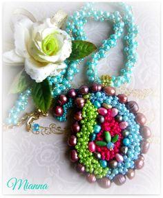Mianna ... Paisley beaded embroidery necklace