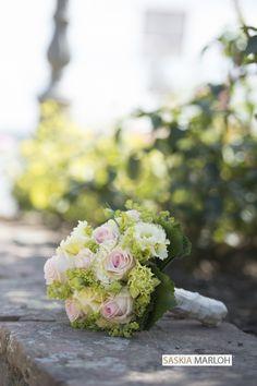 Bouquet Wedding / Hochzeit in Kurfürstliche Burg Eltville, Germany. by Saskia Marloh