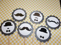 #Moustache cupcakes toppers