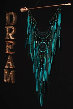 Arrow Dreamcatcher Moon Dreamcatcher turquoise dreamcatcher dreamcatcher green dream catchers native american Indian talisman boho decor Malachite - In ancient times it was considered a stone of docto Dream Catcher Craft, Dream Catcher Boho, Large Dream Catcher, Diy Dream Catcher Tutorial, Moon Dreamcatcher, Beautiful Dream Catchers, Dream Catcher Native American, Diy Tumblr, Native American Indians