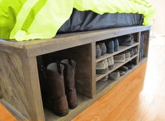 Cot with Shoe Stand