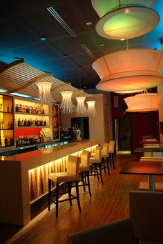 Reforma interior de bar dise o y reforma interior for Modelos de barras de bar