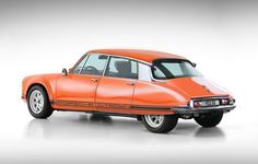 """the perfect car porsche citroen 911 DS by brandpower.Those two beautiful cars they are referring to are the Porsche 911 and the Citroën DS which have virtually morphed into the so-called DS"""". Citroen Ds, Auto Retro, Retro Cars, Vintage Cars, Ferdinand Porsche, Volvo, Carros Suv, Psa Peugeot, Automobile"""