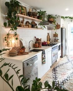 12 Beautiful Bohemian Style Kitchen Decoration Ideas ~ My Dream Home Interior Modern, Interior Design Kitchen, Interior Designing, Interior Design Plants, Küchen Design, House Design, Design Ideas, Garden Design, Kitchen Styling