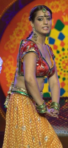 mahie gill hot cleavage and navel