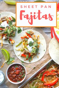 These easy Sheet Pan Fajitas are the no mess, minimal cleanup dinner you need | the INSPIRED home