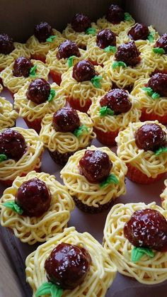 Spaghetti and Meatball Cupcakes!