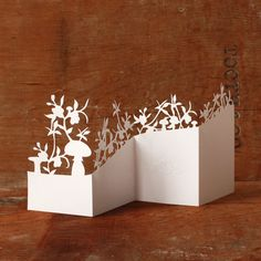 Floral Concertina Card : Mr Yen: Paper cut art http://mr-yen.com/index.php?/stationery/hand-cut-papercut-floral-concertina-card/