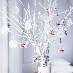 """Segui le nostre idee e ispirazioni per un vero """"bianco Natale"""". Vesti la tua casa di decorazioni candide per un home decor elegante e raffinato"""