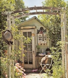 Love this garden shed! by bethany