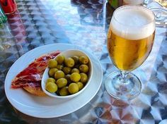 Bares Y Pubs, Tapas Bar, Fruit, Vegetables, Breakfast, Food, Holidays, Places, Life