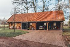 Wooden Diy, Wooden Crafts, Barn Garage, Diy Shed, Garage Design, New Forest, Detached Garage, Outdoor Living, House Plans