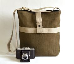 French Messenger bag / Cross body bag in MOSS Green by ikabags,