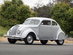 1934 DeSoto Airflow Coupe S-E Vintage Cars, Antique Cars, Vintage Auto, Desoto Cars, Chrysler Airflow, Cowgirl Photo, Classic Car Restoration, Us Cars, Car Detailing