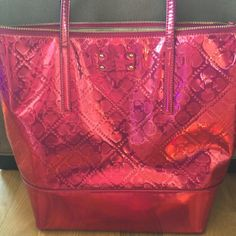 Authentic Kate Spade large bag Great used condition NO stains kate spade Bags Shoulder Bags