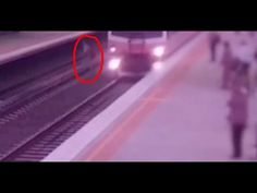 Oz Man Has Lucky Escape From Train in Melbourne